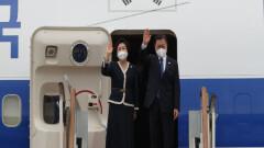 문 대통령, G7 참석 영국행…한일 정상회담 성사 주목