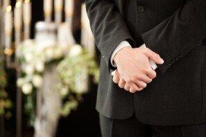 장례식장에 '반바지' 복장… 어떻게 생각하십니까?