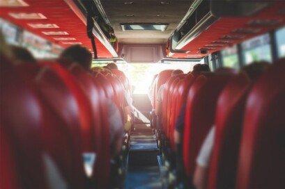 좌석버스서 '소근소근' 대화…어떻게 생각하십니까?