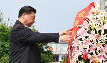 中国反美感情高涨+习近平向大长征纪念碑献花