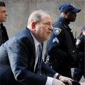 """触发""""Metoo""""运动的韦恩斯坦被判有罪......起诉人女演员:""""垃圾被清理"""""""
