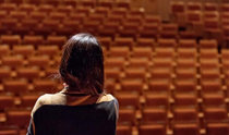 古典音乐界,不确定性导致的不安和疲劳感