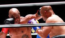 """充满欲望的""""拳头传说""""们的顶级比赛…泰森与琼斯之战平局收场"""