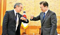 """文在寅""""与朝鲜磋商韩美联合军演""""第二天,哈里斯提及6·25战争并表示""""不能放松警惕"""""""