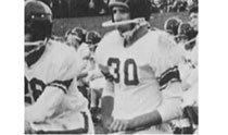 """通过橄榄球进入大学的拜登总统表示""""ML揭幕战开球OK"""""""