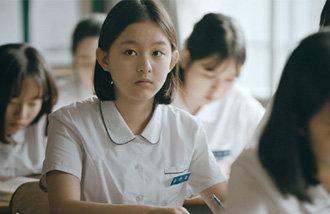 全球電影節25冠王,29日上映影片《蜂鳥》導演金寶拉