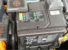 전기차 보조 배터리도 방전될까?