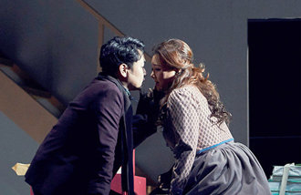 What makes 'La bohème' attractive?