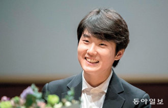 Cho Seong-jin ranks as the most popular pianist of the world