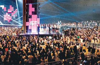 韓日の対立を超えたKポップ、史上最大の売上
