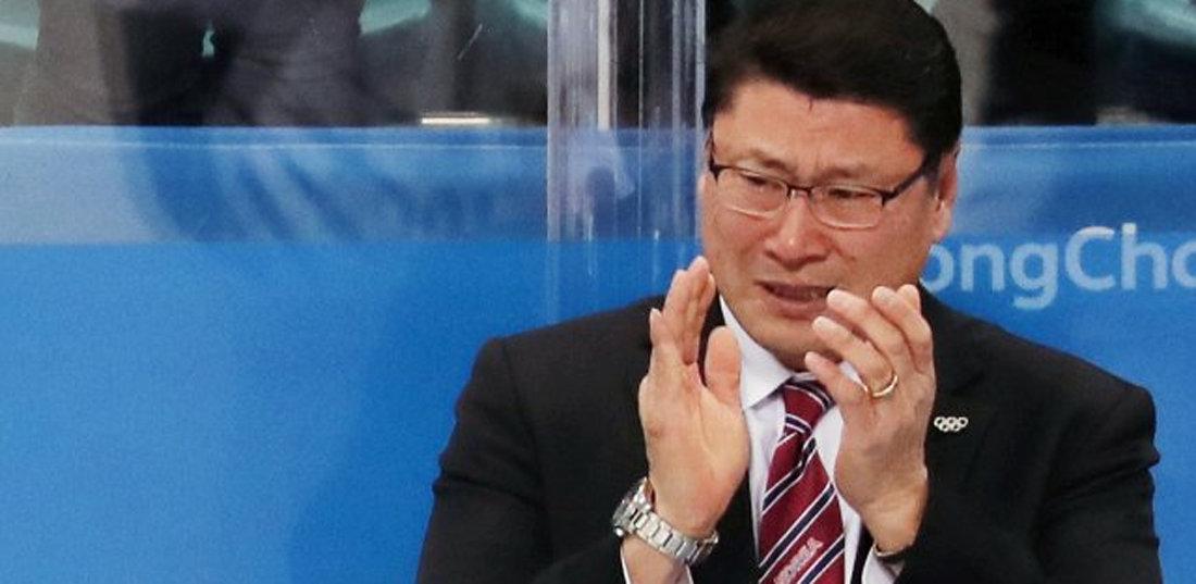 """백지선 감독의 눈물 """"100점 만점에 100점, 선수들 자랑스럽다"""""""