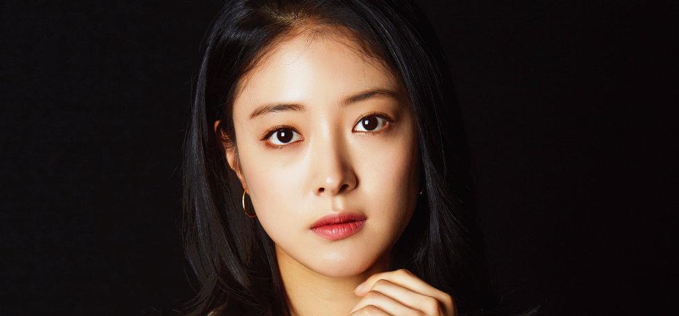 잘 자란 22년 차 배우 이세영에게 궁금한 것들