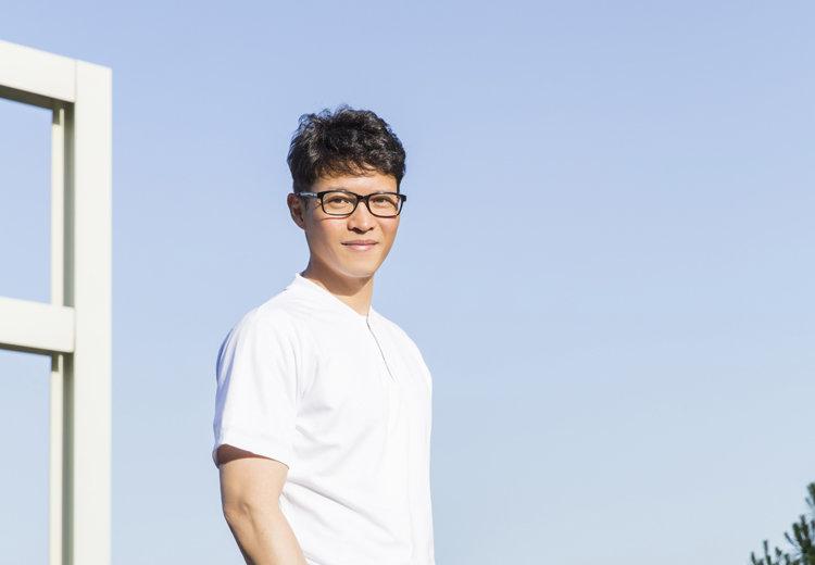 쌍방울 입고 철인3종 하는 사나이, 42세 대표이사 김세호