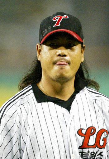 野生馬」李尚勲、古巣LGに投手コーチで復帰へ : 東亜日報