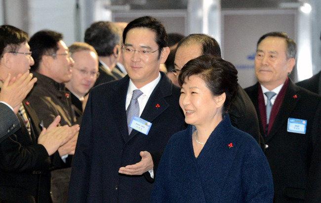 '비밀의 삼성' 깨고 '오픈 이노베이션' 나서라