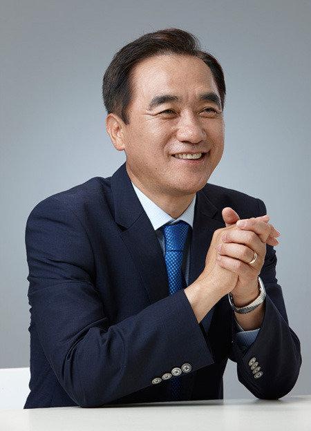 """""""與와 1대 1 승부 자신 야권연대 안 매달려"""""""