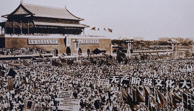 홍위병 이끈 35/45세대 홍위병 딛고 新중국 주도