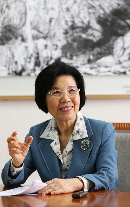 """""""기업가정신 퍼뜨려 성장동력 만듭니다"""""""