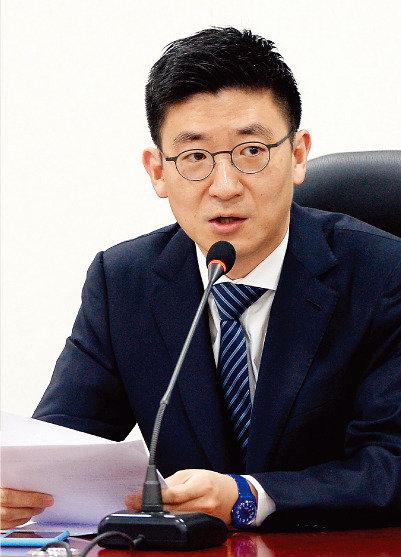 '어젠다 2050' 발족 주도   김세연 새누리당 의원