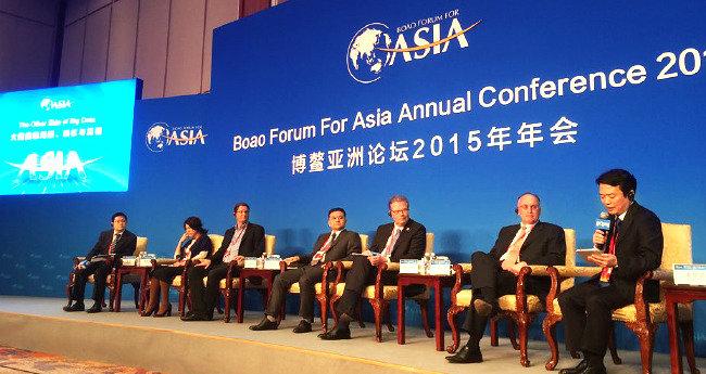 경제협력, 인적·문화 교류… 정부 외교 틈새 막는 '맞춤형 외교'