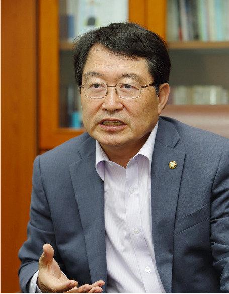 """""""우리 국민 목숨을 김정은 아량에 맡기라고?"""""""