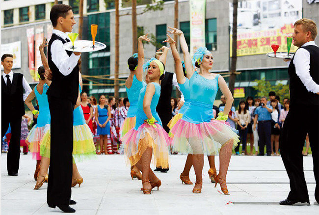 40만 압도한 춤 의 향연