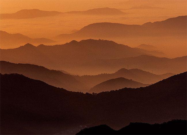 산 은 산 , 물 은 물 합 천