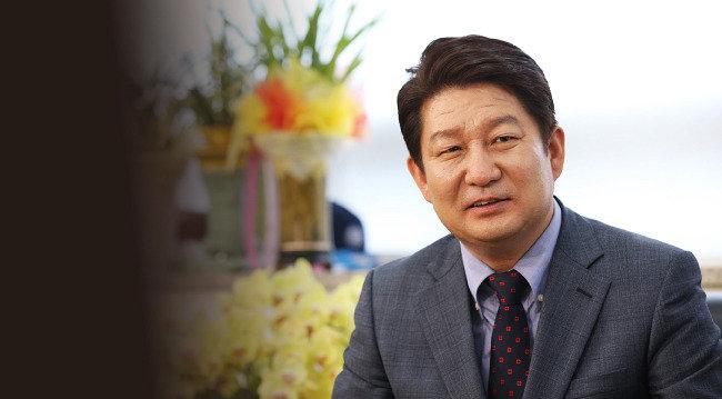 """""""보수세력 위기지만 난세에 영웅 나온다"""""""