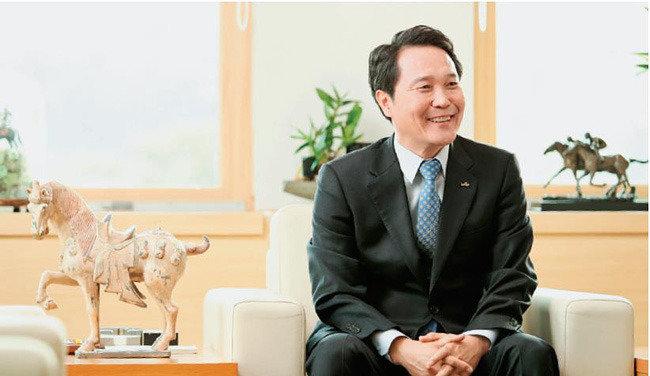 기관 이미지 혁신 나선 이양호 신임 한국마사회장