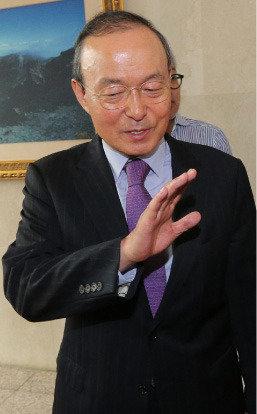 너무 성급한 대북유화책  비극적 재앙 부를 수도