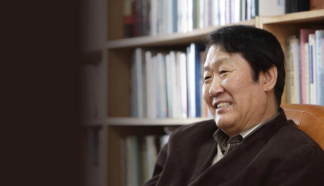 """""""박근혜 게이트는 61·87·97년 체제의 중층 모순"""""""