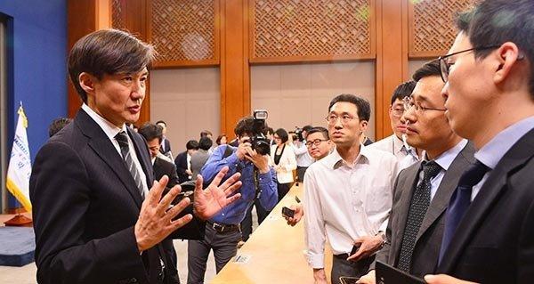 '강한 개혁'과 '대탕평' 두 개의 길