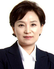 최초 여성 예결위원장  촌철살인의 '강줌마'
