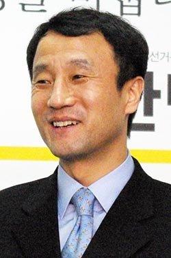 '가치적 친노' 지향하는  1m 측근 그룹