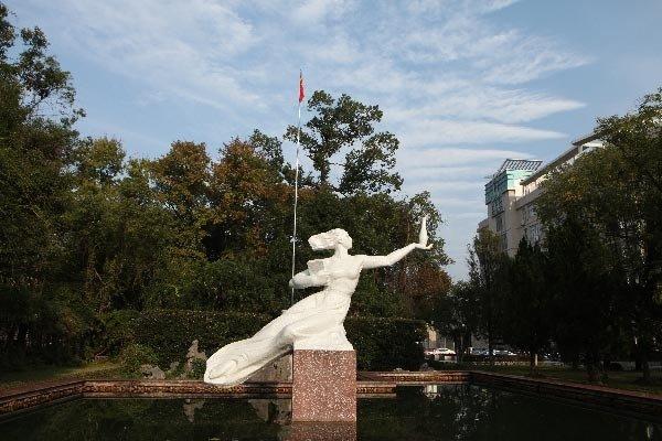 贛 도연명의 詩, 도자기, 마오쩌둥 신중국