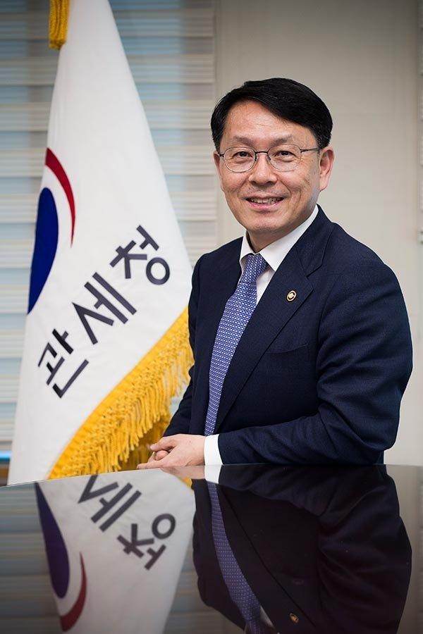 """""""AEO (통관절차 간소화 제도) '장대' 삼아 비관세장벽 넘는다"""""""