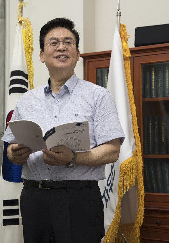 """""""수도권 3개 광역단체에 야3당 단일후보 내자"""""""
