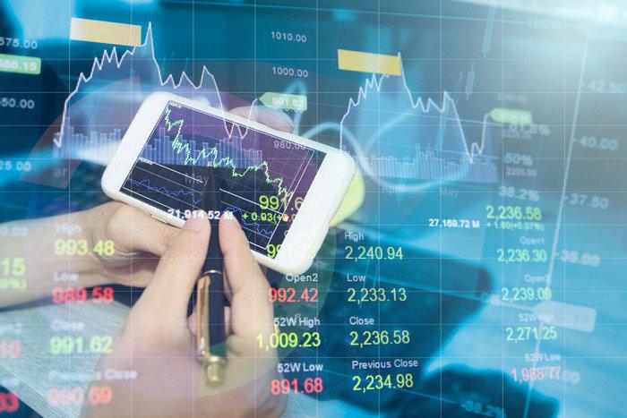 장기투자는 4차 산업혁명 주목 초과수익은 투자 솔루션 활용