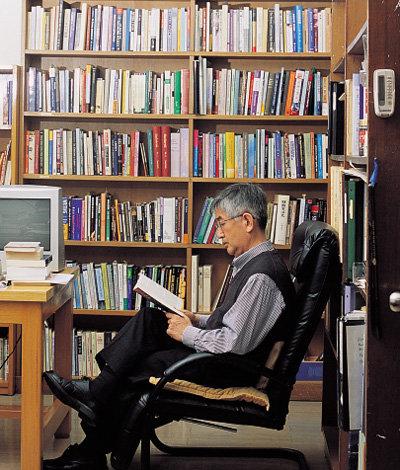 글쓰기는 일, 책읽기는 휴식