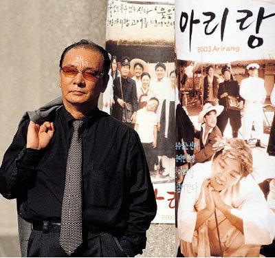 '아리랑' 남북한 동시개봉하는 영화감독 이두용