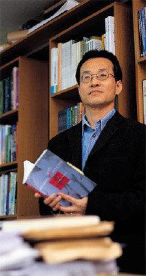 '올해의 여성운동상' 수상한 생물학자 최재천