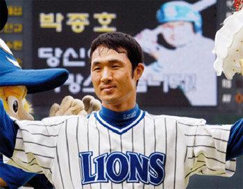 프로야구 연속경기 안타 아시아신기록 수립 박종호