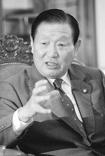 노무현 대통령의 '정치적 師父' 김원기 국회의장
