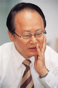"""""""박근혜 대표는 부친 과오 제대로 알고 함부로 말하지 말라"""""""