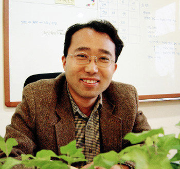 네트워크형 대안학교 만든 서원대 교수 조영제