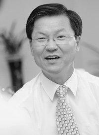 'X파일 정국'의 핵,천정배법무부 장관