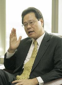 '기업회생 마술사' 배영호 코오롱유화 사장
