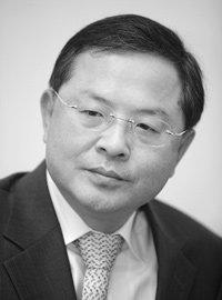'국민검사' 안대희 서울고검장