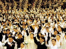 일본 흔든 한국 통일교, 한국 뚫은 일본 창가학회