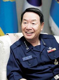 김성일 공군참모총장